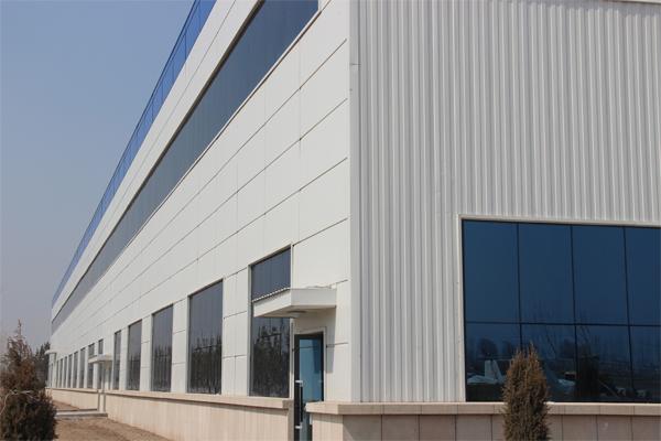 钢结构围护外墙